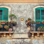 Zwei renovierungsbedürftige Balkone. Was gibt es zu beachten?